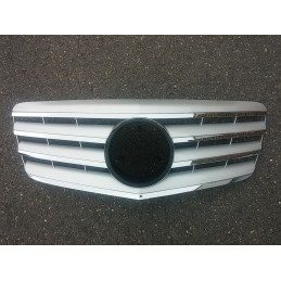 Silver grille for Mercedes...